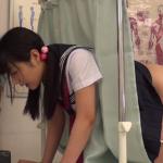 悪徳病院でセクハラ診察を受ける制服JK